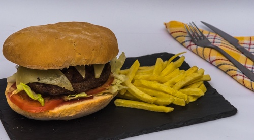 1589385154-hamburguesa-serranito.jpg