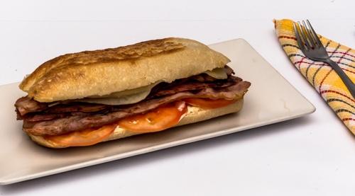 1589387276-bacon-y-queso.jpg